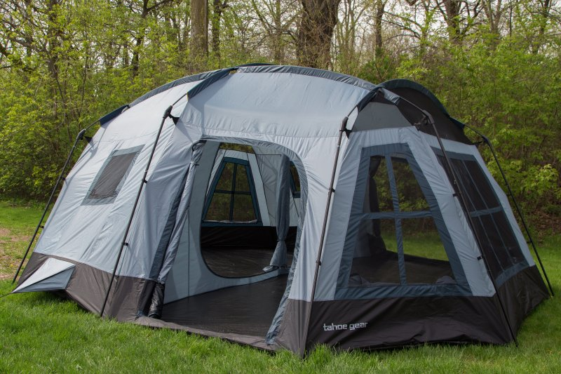 DT161586�Tahoe Gear Ozark 16 Person 3-Season Large Family Cabin Tent
